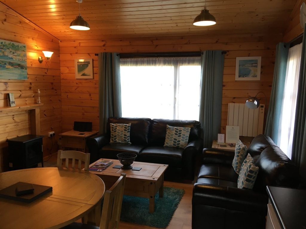 Willow Lodge Living/Dining Area