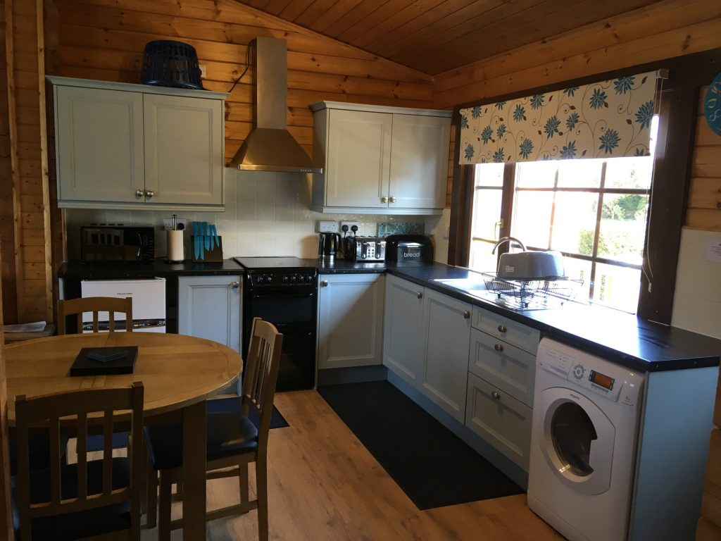 Willow Lodge Kitchen/Dining Area