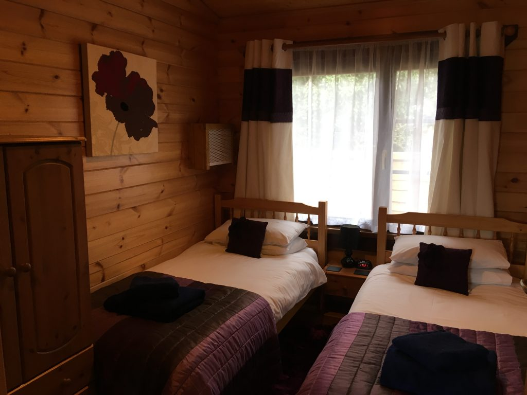 Cherry Lodge Twin Bedroom
