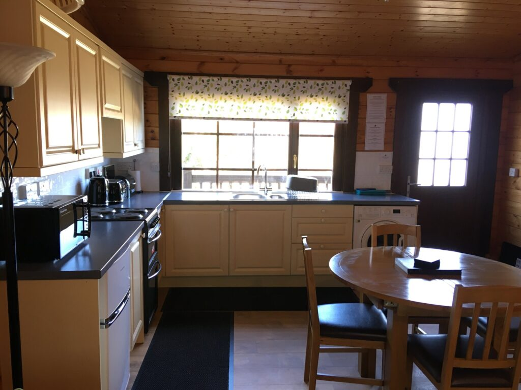 Cherry Lodge Kitchen/Dining Area